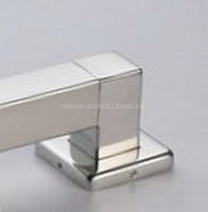 RAILING 90 DEGREE FIXING BASE WITH COVER ( SS:40028SQ) SS:40028SQ