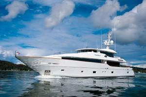 MF 122 Custom Yachts